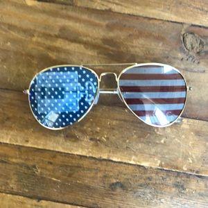 Fun USA Flag Sunglasses